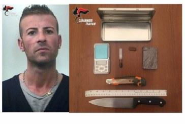 Marsala: I Carabinieri sequestrano un panetto di Hashish a casa del pregiudicato Monteleone