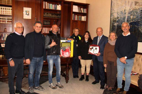 """L'AZIENDA """"FABRIZIOCAR"""" HA DONATO  UN DEFIBRILLATORE AL COMUNE DI MARSALA"""